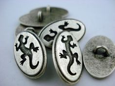Gecko+Buttons+Antique+Silver+Metal+Shank+Buttons+by+Lakikaisupply