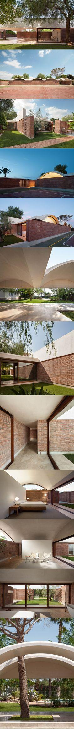 2012-2015 Mesura - 1208 Casa IV House Extension / Elche Spain / brick concrete