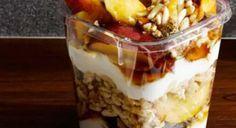 Ovocný pohár s jogurtom Acai Bowl, Oatmeal, Pudding, Breakfast, Desserts, Food, Basket, Acai Berry Bowl, The Oatmeal