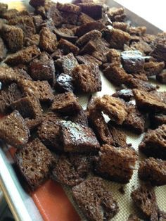 Ruby Tuesday Copycat Croutons – Cookies for England