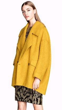 Love the colour of this coat.