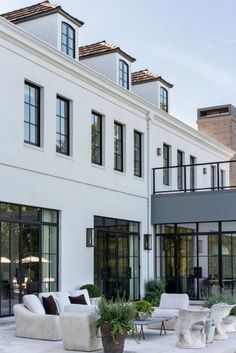 designs exterior traditional Dream Home: A Modern French Provincial Overlooking Lake MichiganBECKI OWENS Dream House Exterior, House Exterior Design, Exterior Paint, Dream Home Design, Style At Home, Home Fashion, Fashion Goth, Ladies Fashion, Future House