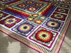 Demelza, Seed Stitch, Afghan Blanket, Garland, Blankets, Middle, Plaid, Patterns, Flower
