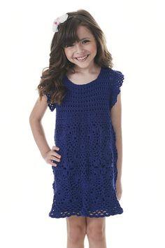 Na receita a seguir, você confere um lindo modelo de vestido infantil com união de motivos.   A peça pode ser produzida com o fio Barroco...