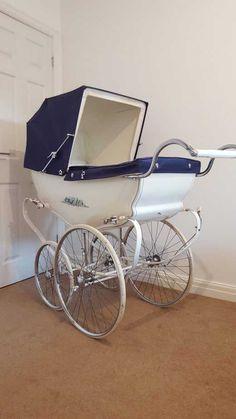 Designer Prams, Baby Transport, Vintage Pram, Baby Prams, Wrong Time, Vintage Nursery, Baby Carriage, Baby Needs, Vintage Coach