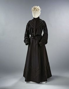 Mourning ensemble, ca. 1900