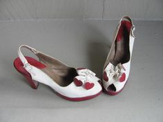 Vintage shoes QUEEN of HEARTS 40s pinup wwii by prettydamncute