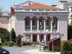 Teatri Migjeni, Shkoder Shkoder- Gusht 2013 - Foto Albert Vataj