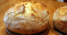 I tried a new recipe for artisan bread. The part that sold me was that it only uses a half teaspoon of yeast. I normally make the basic boul...