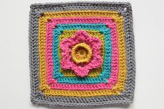 This link has the free patterns. http://craftyminx.typepad.com/a_granny_a_day/online-pattern/page/2/