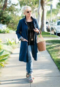 Double denim look with boyfriend jeans and duster. Details at une femme d'un certain age.