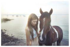 Google Image Result for http://www.whitezine.com/images/Vivienne-Mok-Fashion-Horse-580x392.jpg