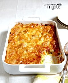 This easy pot pie recipe helps to transform leftover cooked chicken into a new family-favourite casserole. Kraft Foods, Kraft Recipes, Casserole Dishes, Casserole Recipes, Kraft Food And Family, Confort Food, What To Cook, How To Cook Chicken, Cooking Recipes