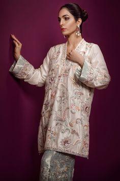 791624929ff Traditional and elegant silver Pakistani formal dress by Ammara Khan