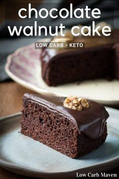 Moist Chocolate Walnut Cake is a standout low carb chocolate cake recipe. The sugar-free recipe is also makes a great keto cake! via Low Carb Maven Desserts Keto, Keto Friendly Desserts, Sugar Free Desserts, Sugar Free Recipes, Holiday Desserts, Dessert Ricotta, Dessert Mousse, Stevia, Low Carb Deserts