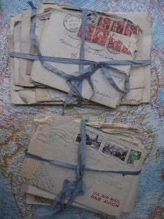 old love letters Letters From Home, Old Letters, Nights In White Satin, You've Got Mail, Nostalgia, Old Love, Bear Art, Lost Art, Letter Writing
