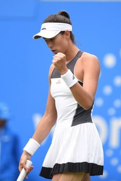 Garbine Muguruza Photos Photos - Garbine Muguruza of Spain celebrates during the semi final match against Ashleigh Barty of Australia on day six of The Aegon Classic Birmingham at Edgbaston Priory Club on June 24, 2017 in Birmingham, England. - Aegon Classic Birmingham - Day 6