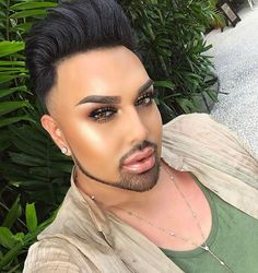 You can see @mac_daddyys glow from a mile away  his highlighter game is really THAT good.  His best highlighter tips? 1) You don't have to spend a lot of money to look great 2) You should always layer two different highlighter formulas and 3) You can fix any makeup mistake with a dry spoolie. While this beauty blogger is definitely a risk taker theres also one beauty trend he swears hell never try  tap the link in bio to find out what it is and to see the full interview. #regram  via ALLURE…
