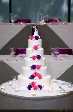 Haha weeding cakes work for a qincinria to but without the groom and bride of course