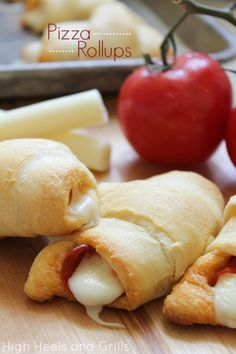 With only 3 ingredients, these pizza rollups would be ridiculously easy to make. #recipe #dinner #appetizer http://www.highheelsandgrills.com/2013/06/pizza-rollups.html