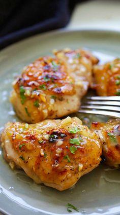 Honey Dijon Garlic Chicken – super delicious skillet chicken with amazing honey Dijon garlic sauce. So easy as dinner is done in 15 mins! | rasamalaysia.com