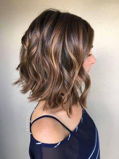 cheveux court ondulé
