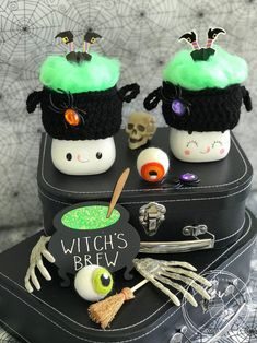 Marshmallow Crafts, Cute Marshmallows, Fake Cake, Reindeer Antlers, Crochet Pumpkin, Tiered Stand, Halloween Crochet, Witches Brew, Fake Food