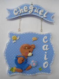 Resultado de imagem para porta maternidade mdf decorado Felt Banner, Felt Wreath, Biscuit, Pasta Flexible, Cold Porcelain, Decoupage, Wreaths, Christmas Ornaments, Holiday Decor