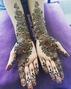 Top handpicked Arabic mehndi designs of Find unique and simple Arabic mehendi designs for hands and legs for weddings. Indian Mehndi Designs, Mehndi Designs Book, Full Hand Mehndi Designs, Mehndi Designs 2018, Modern Mehndi Designs, Mehndi Design Pictures, Bridal Henna Designs, Mehndi Designs For Girls, Mehndi Designs For Fingers