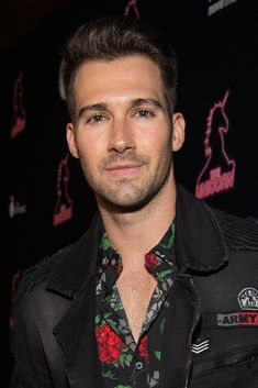 James Maslow Photos - James Maslow attends the LA premiere of 'The Unicorn' at ArcLight Hollywood on January 2019 in Hollywood, California. - Premiere Of The Orchard's 'The Unicorn' - Red Carpet James Maslow, Eric Dane, Childhood Tv Shows, Hottest Male Celebrities, Big Time Rush, Cute Love Couple, Handsome Faces, Matthew Mcconaughey, Celebrity Babies