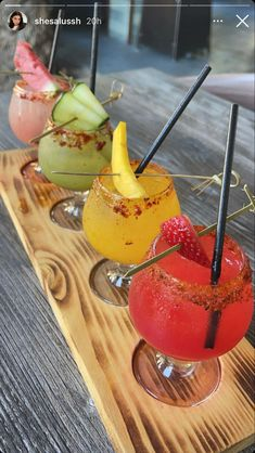 Fancy Drinks, Summer Drinks, Summer Fruit, Think Food, Love Food, Cocktails, Alcoholic Drinks, Bebidas Do Starbucks, Aesthetic Food