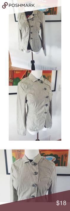 "Converse Seersucker Nautical Blazer Jacket XS This is a gorgeous Seersucker Pinstriped Nautical Blazer Jacket size XS. Can be worn open or buttoned up. Bust up 33""/ sleeve length 24""/ blazer length 24.5."" Buttons asymmetrically. Converse Jackets & Coats Blazers"