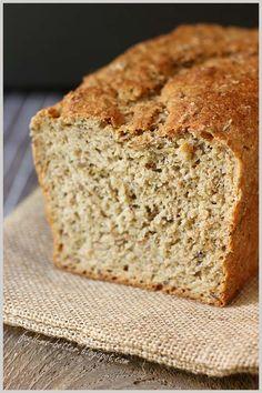 Feed Me Better: Ekspresowy, łatwy chlebek pełnoziarnisty. Fruit Bread, Banana Bread, Polish Recipes, Bread Rolls, Quick Bread, Sweet Bread, I Am Awesome, Healthy Recipes, Baking