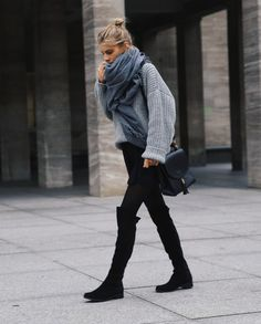 Hi Mädels, mein absolutes Must-Have in diesem Winter: Wildleder Overknee-Stiefel. Sie zaubern endloslange Beine und sind super schick. Hi girls, my Must-Have for this winter: Suede Overknee-Boots! ...