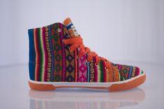 Ayni Artesania, Phuyupata Peruvian Shoes. Bold, Colorful, Fun!