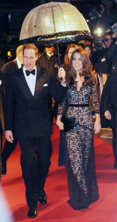 I love Kate and her many lacy dresses!