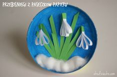 Snowdrops with stripes of paper spatial art work for children Snow . - Basteln Frühling - Welcome Crafts Spring Crafts For Kids, Paper Crafts For Kids, Easter Crafts, Projects For Kids, Diy For Kids, Diy And Crafts, Craft Projects, Arts And Crafts, Children Crafts