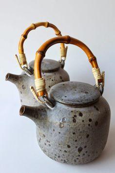 mayumi yamashita 'make me me': my ceramics Porcelain Dinnerware, Ceramic Tableware, Porcelain Ceramics, China Porcelain, Porcelain Tiles, Painted Porcelain, Pottery Teapots, Ceramic Teapots, Ceramic Pottery
