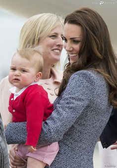 [​IMG]. Love Duchess Kate and Prince George.