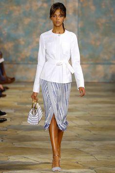 Tory Burch Spring 2016 Ready-to-Wear Fashion Show - Aya Jones