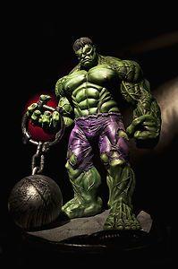 "Dale Keown Hulk Statue 25 inch"""