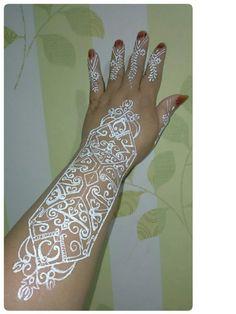 White henna motif ukiran dayak