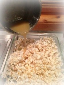 Easy Flavored Popcorn Recipe | Crackle Corn! This is the perfect treat for Christmas!