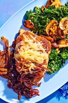This cheesy smothered pork chop recipe incorporates garlic, mushrooms, kale, onions, red wine, and gruyere cheese to create a savory, cheesy, and creamy dinner recipe. Whether you're making this pork chop recipe as a comfort food dinner or a leftover light lunch the next day, it's a great choice for a comfort food recipe.#porkchops #porkchoprecipes #cheesyrecipes #comfortfood #comfortfoodrecipes #dinnerrecipes