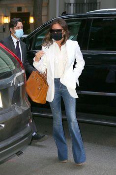 Victoria Beckham Outfits, Victoria Beckham Style, Viktoria Beckham, Victoria Fashion, Women Brands, Spice, Celebrity Style, Blazers, Celebs