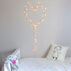 undefined Ideas Para, Diy, Kids Rooms, Pedestal Tables, Cute Stuff, Quartos, House Decorations, Yurts, Tutorials