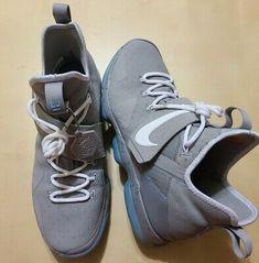 Nike Mag - Latest Nike Mag for Sales #nike #nikemag Lebron 14, Nike Lebron, Nike Mag, Marty Mcfly, Brunei, St Kitts, Basketball Shoes, Blue Grey, Sneakers Nike