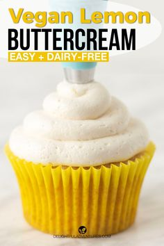 Creamy, dreamy, light, and fluffy vegan lemon buttercream frosting for cakes, cupcakes, macarons, and more! This homemade recipe is easy to make and uses no extract, just 100% fresh lemon juice and zest to get the best and freshest flavour. Once you learn how to make it, you'll want to top everything with it because this American lemon buttercream is the best! Easy Vegan Cake Recipe, Gluten Free Cupcake Recipe, Vegan Cupcake Recipes, Vegan Gluten Free Desserts, Gluten Free Recipes For Breakfast, Homemade Recipe, Vegan Treats, Sweets Recipes, Vegan Food