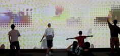 Un mur qui, avec un mélange de projection interactive en temps réel, d'animation et de « live-action » à détection de mouvements, permet aux futurs étudiants de découvrir ce qu'il se cache derrière la façade de l'université.