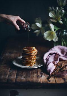 Edible gifts - flavored sugar - Call Me Cupcake Chocolate Strawberry Cake, Strawberry Buttercream, Strawberry Cakes, Pancakes For Two, Pancakes And Waffles, Call Me Cupcake, Lemon Ricotta Pancakes, Dark Food Photography, Photography Ideas